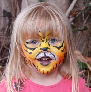 Safari Nights: Izel the Jaguar's Animal Print Birthday Bash